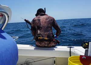 Spearfishing Tourniquet - Spearfisherman with OMNA Marine Tourniquet - Recon Marine