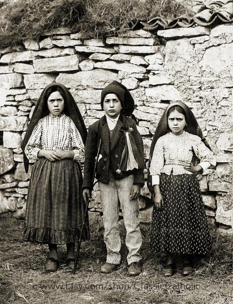Fatima Saints (Sister Lucia, Sts Francisco and Jacinta) - 8.5x11""