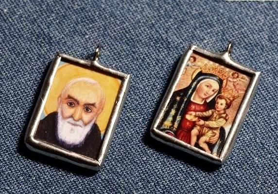 Padre Pio/Mother Mary Medal