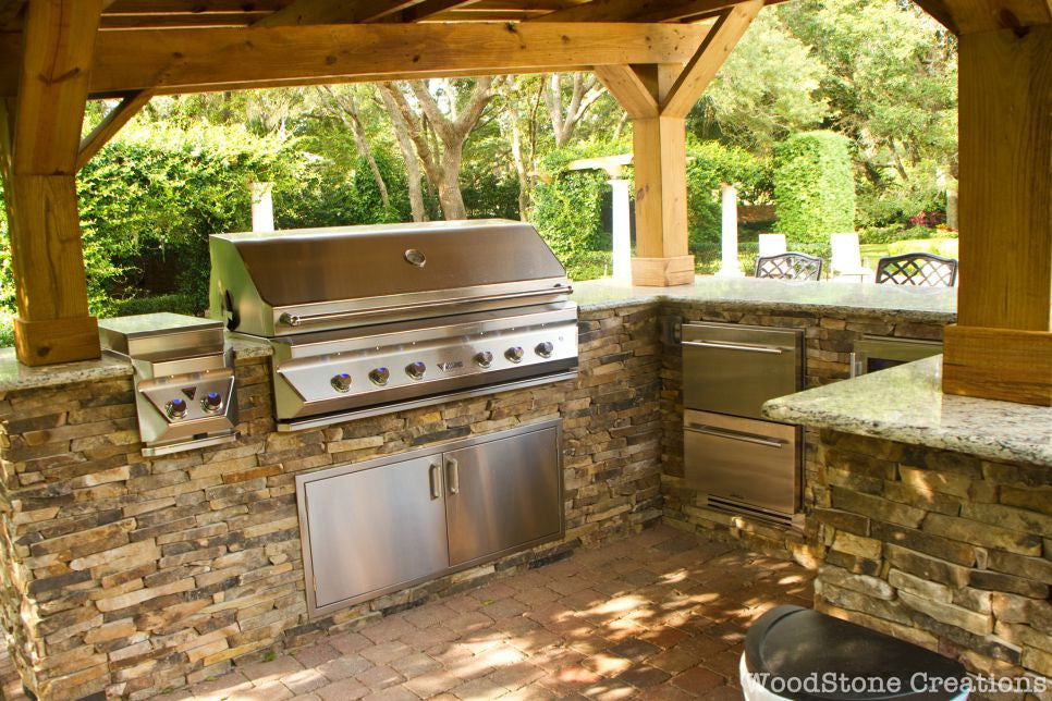 Covered Outdoor Kitchen