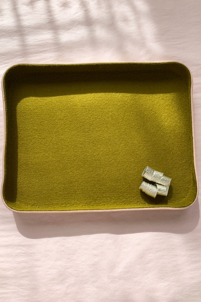Moss felt and leather large tray