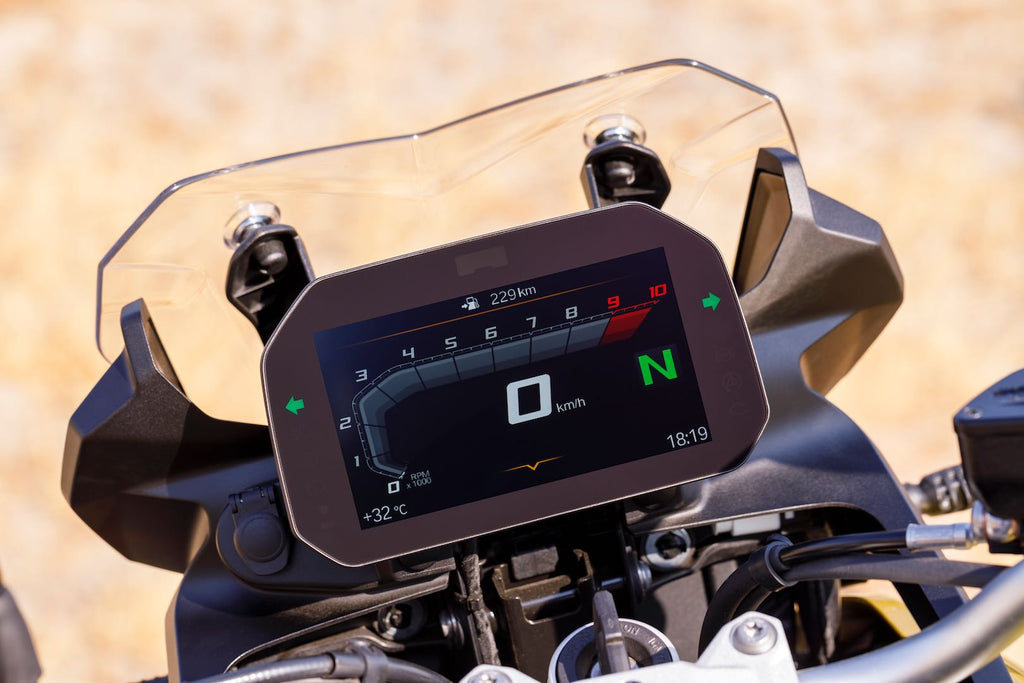 BMW F 850 GS vs F 800 GS: electronics and gauges