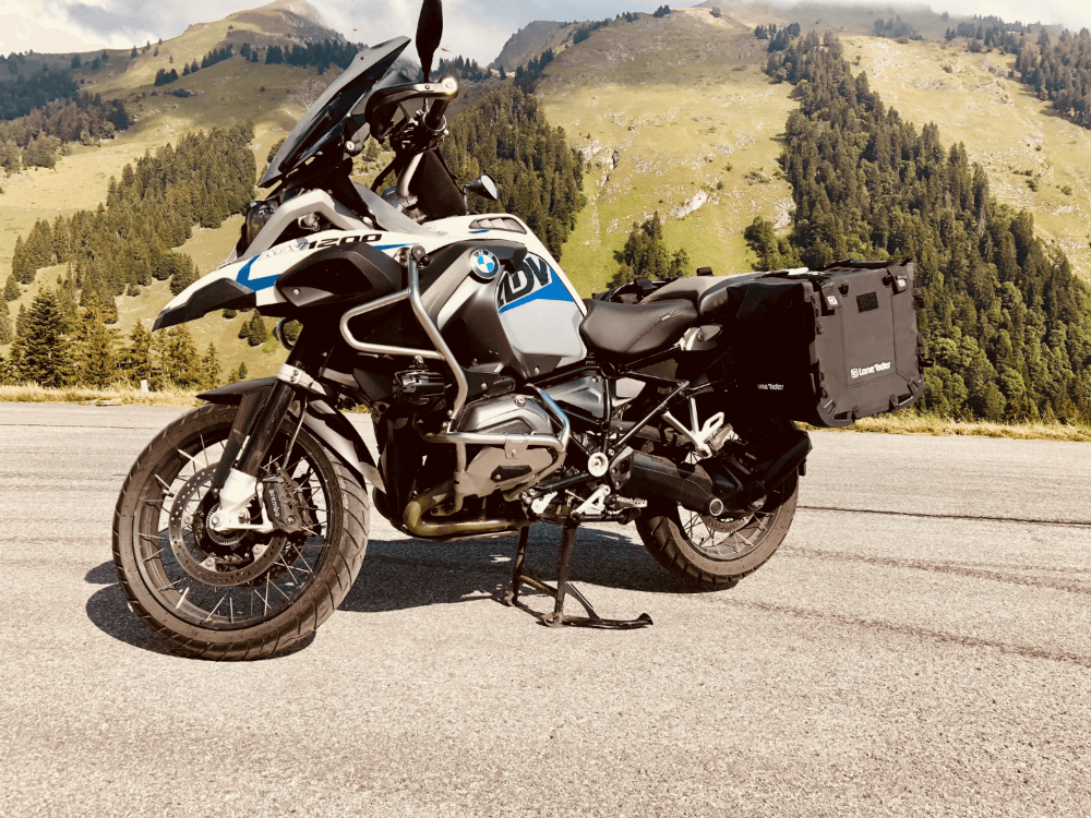Lone Rider Motorcycle Bags MotoBags mounted on BMW R1200 GS