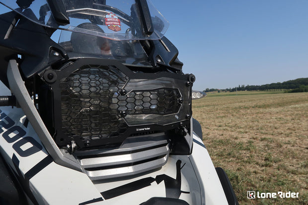 Headlight Guard installed on BMW R 1200 GS