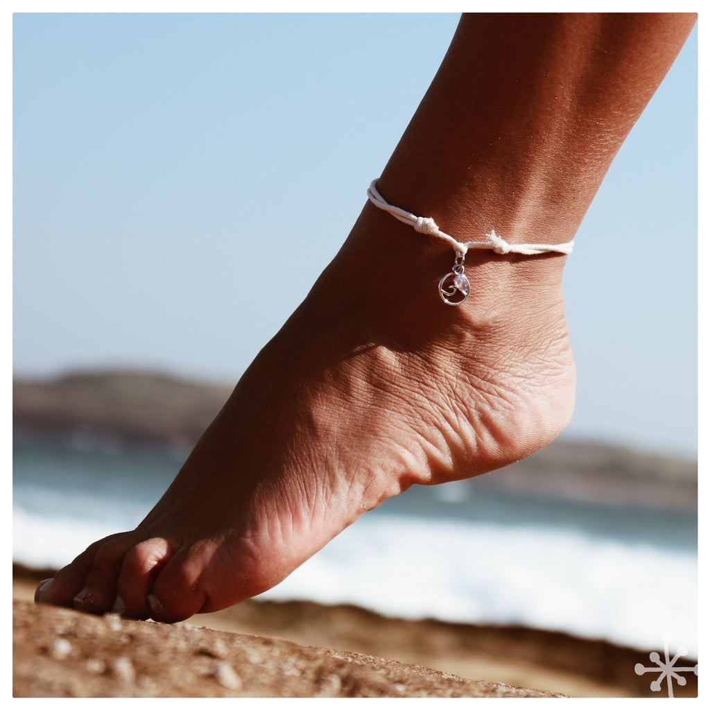 Wave with sea opal anklet Cream