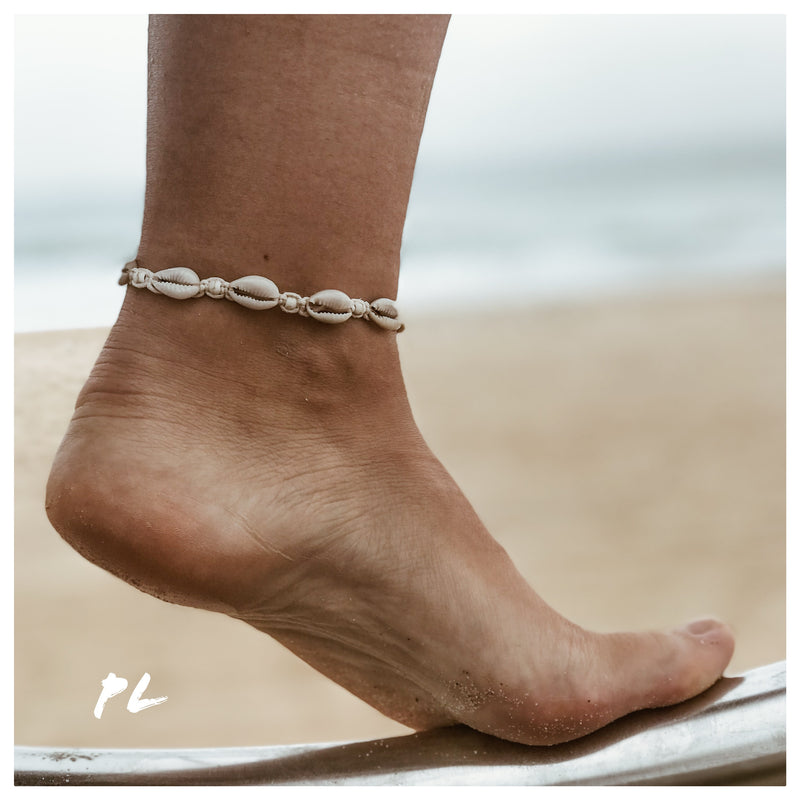 Cowrie Shell Anklet 2 / Cream Cord / Cream Beads