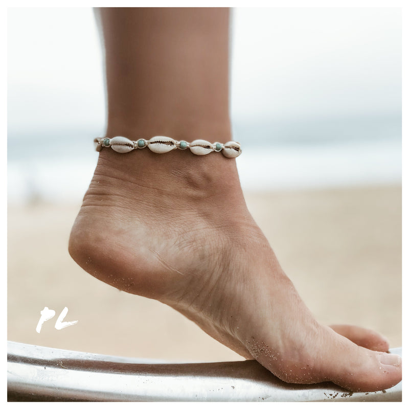 Cowrie Shell Anklet 3 / Cream Cord / Blue Beads