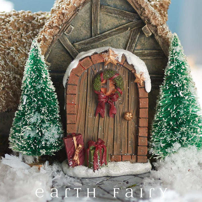 Christmas Fairy Door from The Fairy Garden Miniature Christmas Collection by Earth Fairy
