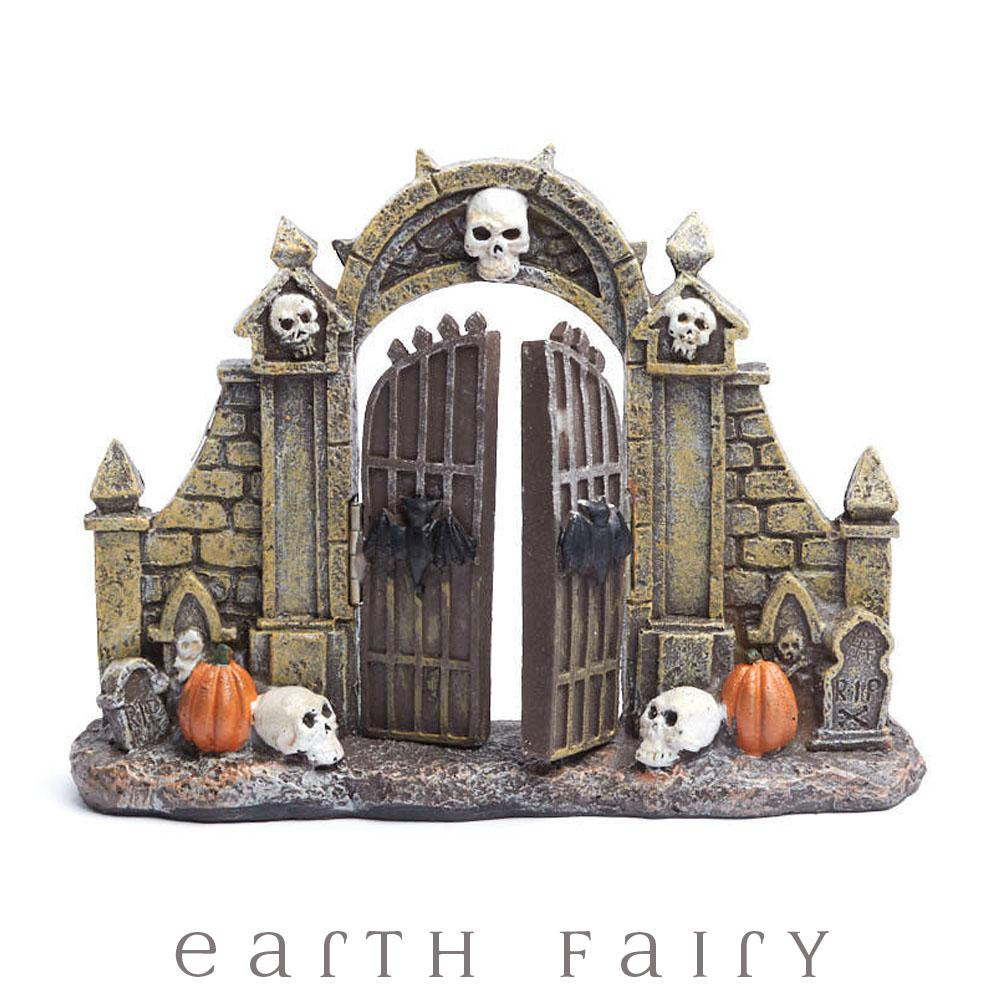 Halloween Gate from The Halloween Miniature Collection by Earth Fairy