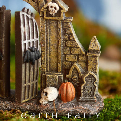 Halloween Gate (Close Up) from The Halloween Miniature Collection by Earth Fairy