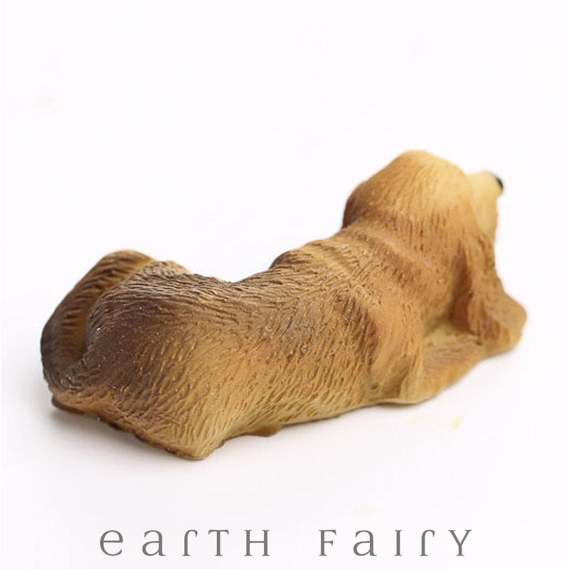 Miniature Hound Dog from The Fairy Garden Miniature Animal Collection by Earth Fairy