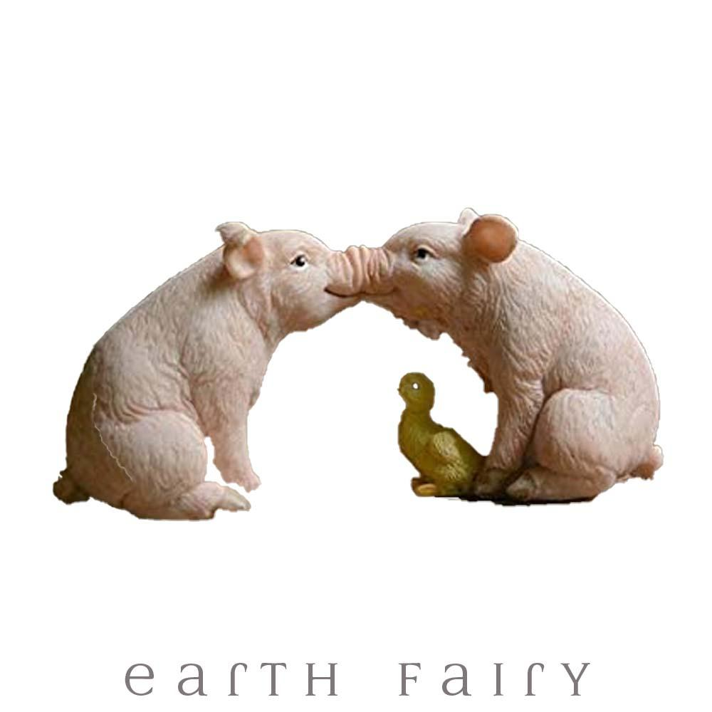 Kissing Pigs from The Fairy Garden Miniature Animal Collection by Earth Fairy