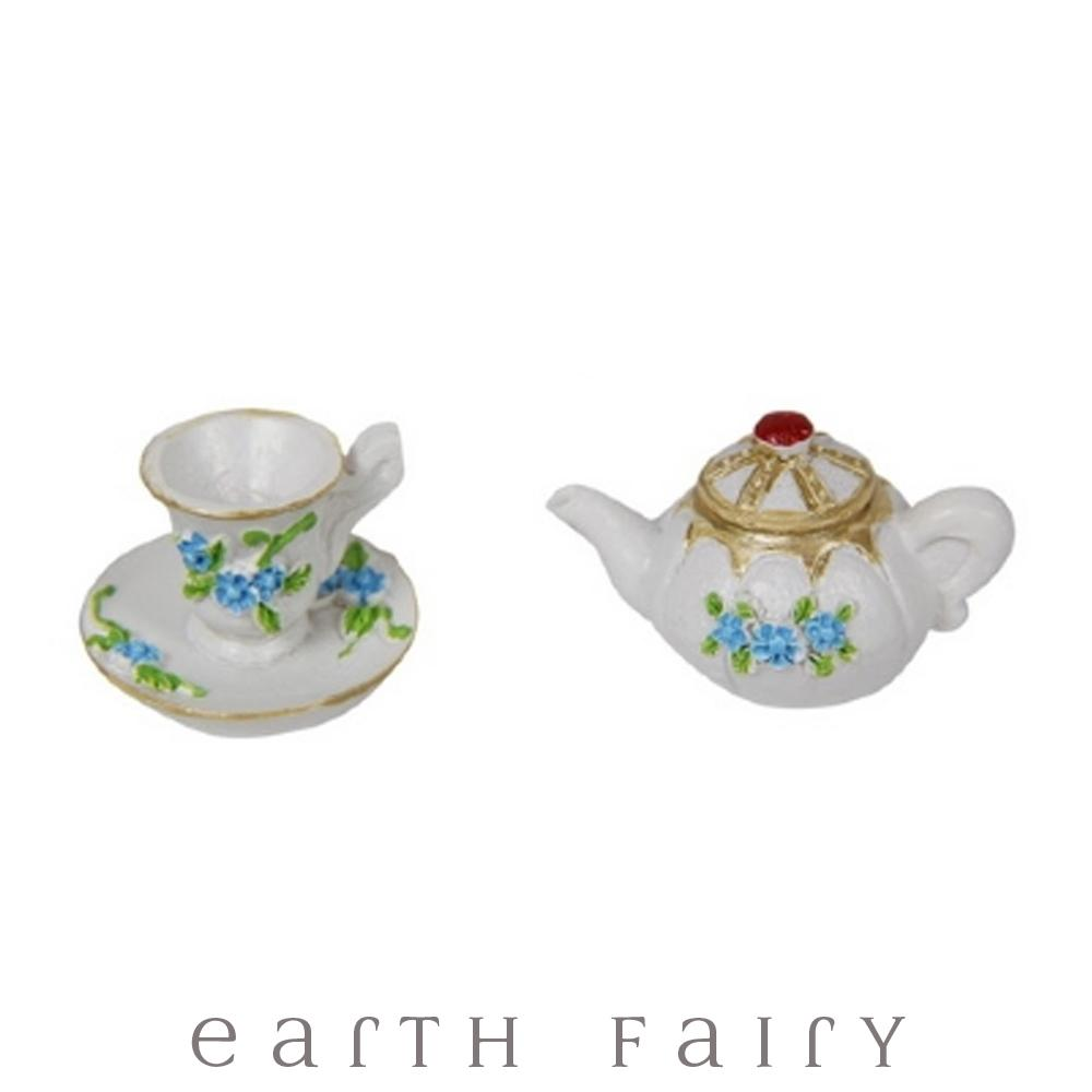 Tea Pot with Tea Cup - Blue from the Fairy Garden Miniatures & Collectibles Collection (Australia) by Earth Fairy