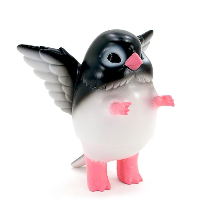 Pigora Adelie Penguin Figure by Konatsuya Figure