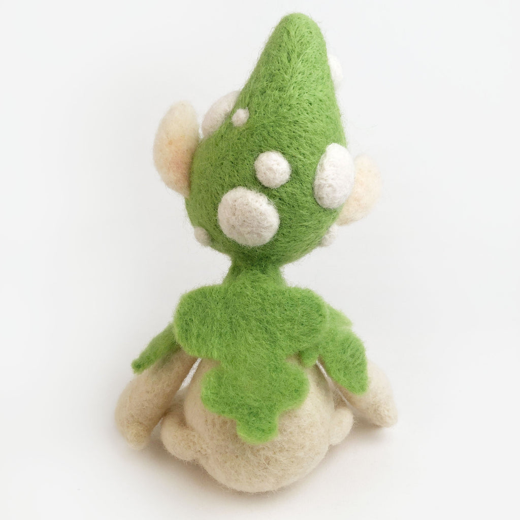 Wool Folks Woodland Elf — Green