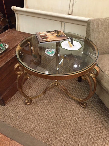 "28"" Round Glass Top Gold End Table - Jarred's Homegoods / Treasure Brokers"