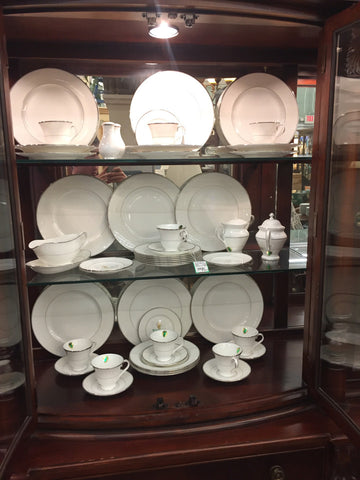 49Pc Waterford Lismore Platinum China Set, Service for 9 (5-Piece Place Setting)