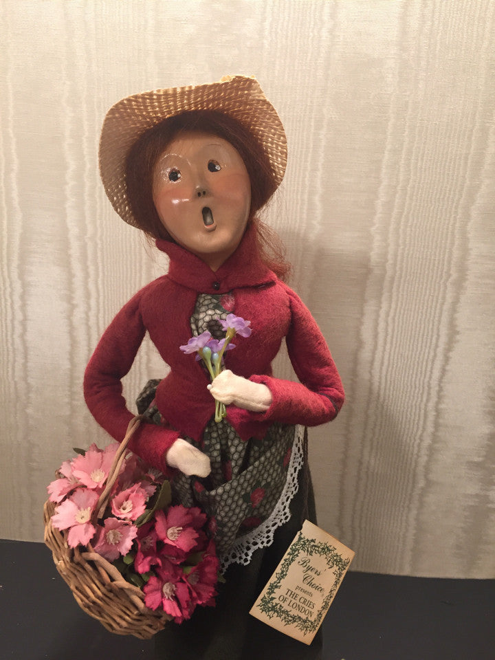 Byers Choice Cries of London The Carolers 1994 Girl Vendor Flowers Holiday