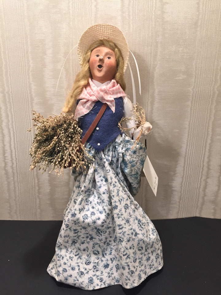 Byers Choice LTD 2002 Cries of London Lavender Lady Holiday