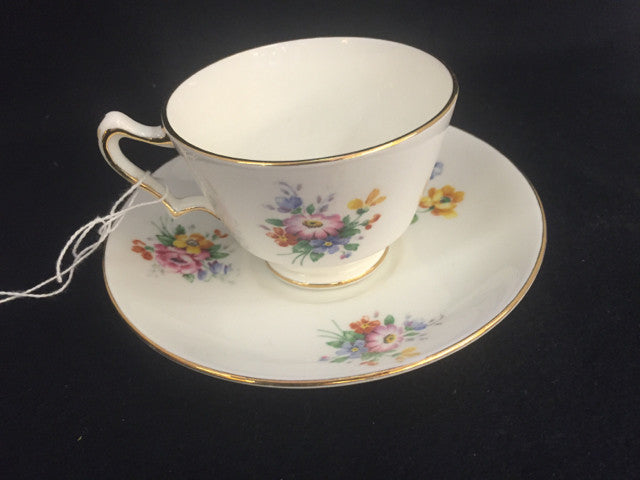 Cup/Saucer - Jarred's Homegoods / Treasure Brokers  - 1