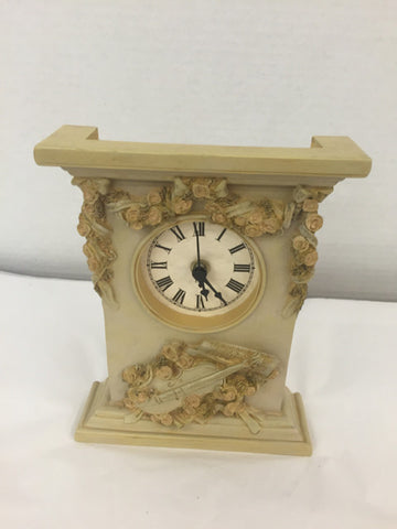 Figi Battery Operated Decorative Clock - Jarred's Homegoods / Treasure Brokers