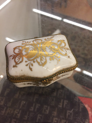 Miniature Pill/Trinket Box - Ceramic -  Made in France - Jarred's Homegoods / Treasure Brokers  - 1