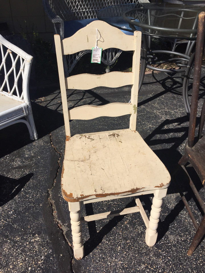 Painted White Vintage Wicker Chair