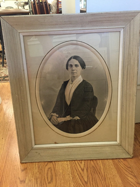 Rect. White Wash Frame Glass Oval Matt of Portrait of a Women - Jarred's Homegoods / Treasure Brokers