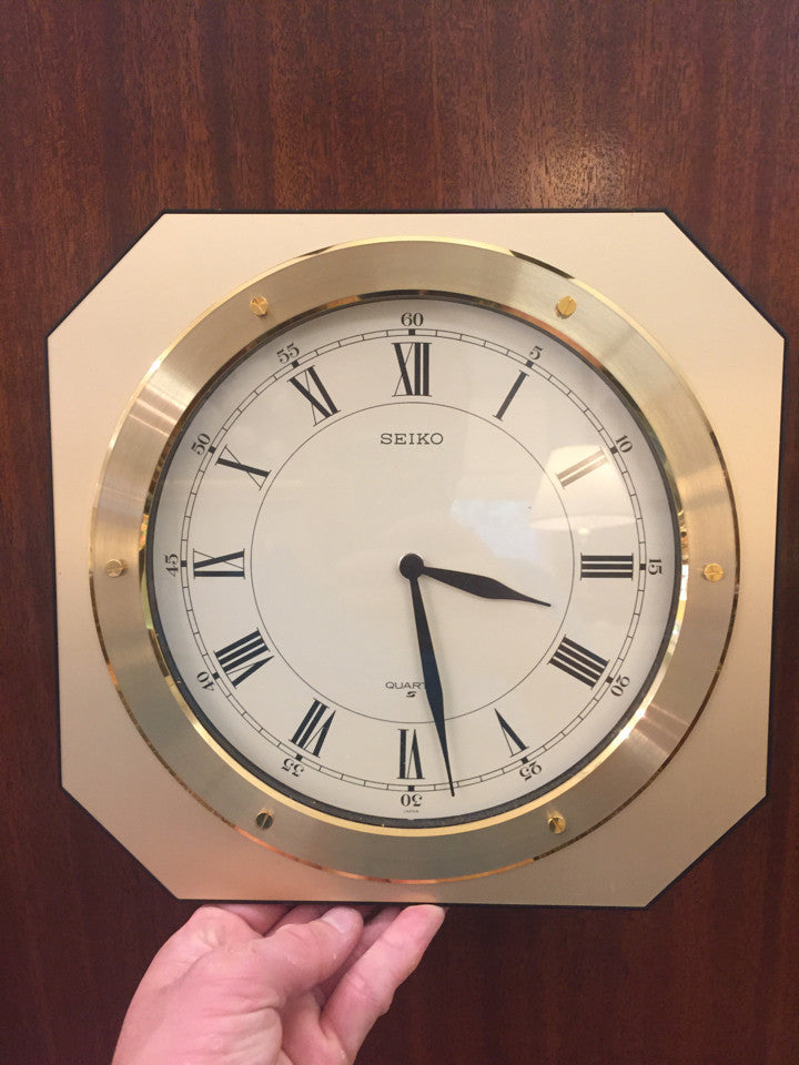 Seiko Quartz Battery Wall Clock