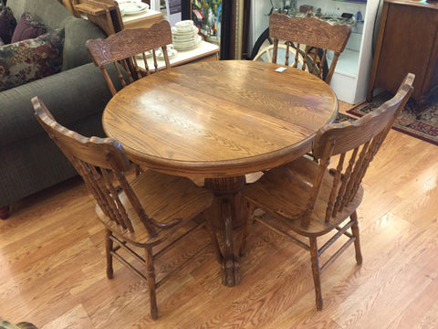 Solid Oak Round Pedestal Table w/ Claw Feet, w/ 6 North Wind Back Chairs - Jarred's Homegoods / Treasure Brokers  - 1