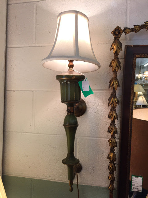 Vintage Electric Wall Hanging Sconce w/ Shade - Jarred's Homegoods / Treasure Brokers  - 1