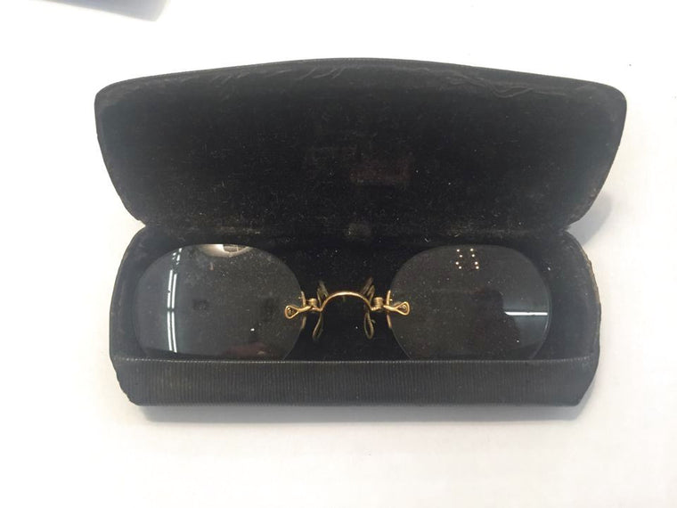 Vintage Spectacles w/ Case - Jarred's Homegoods / Treasure Brokers  - 1