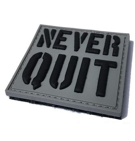 NEVER QUIT PVC MORALE PATCH - Tactical Outfitters