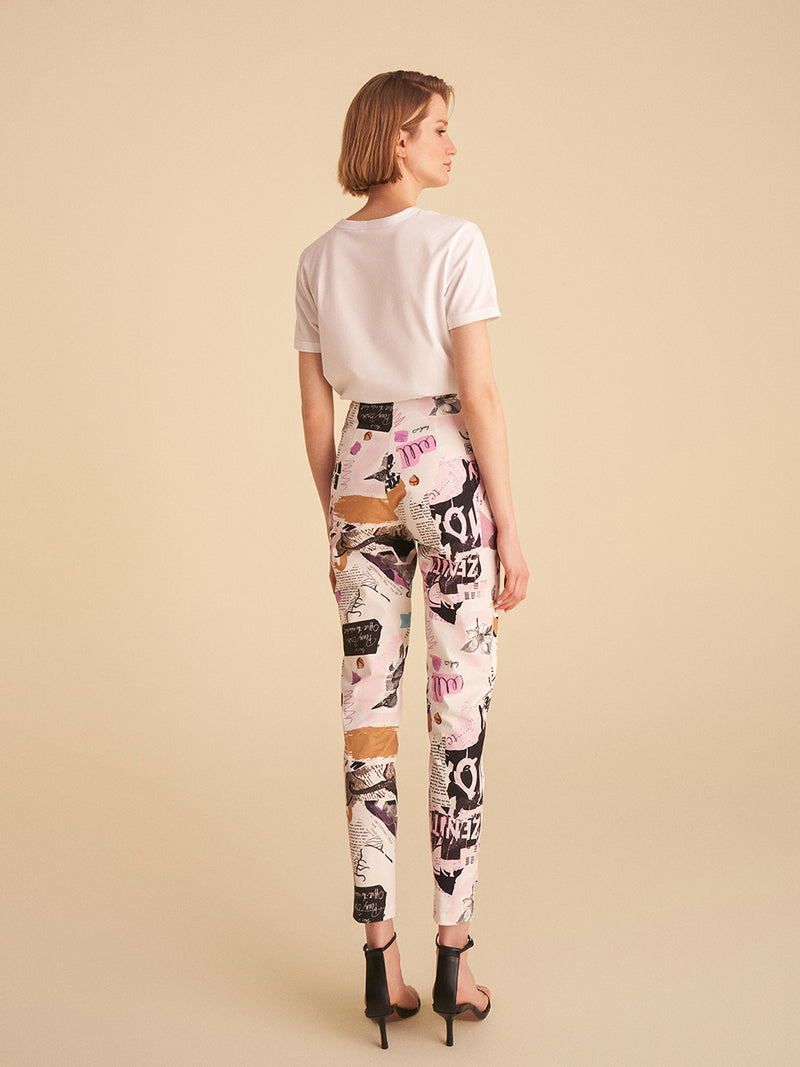 Printed Tapered Fit Pants