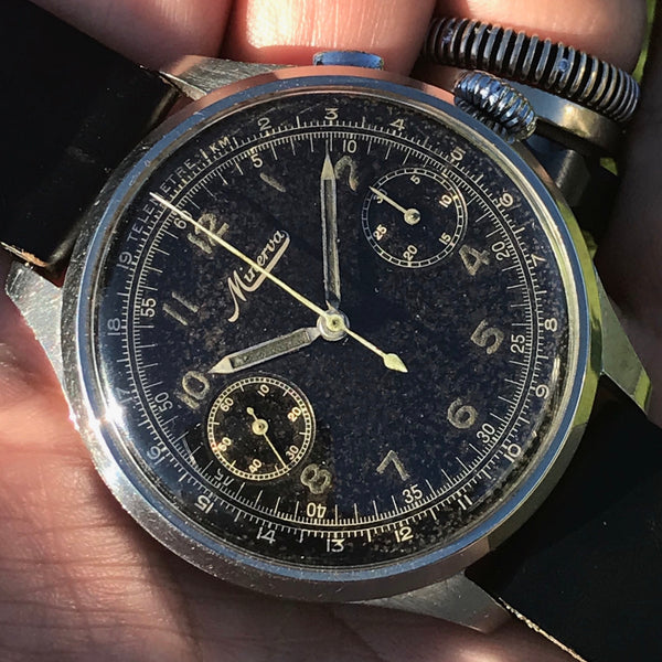 Minerva - Oversize Pilot one pusher Chronograph from 30s