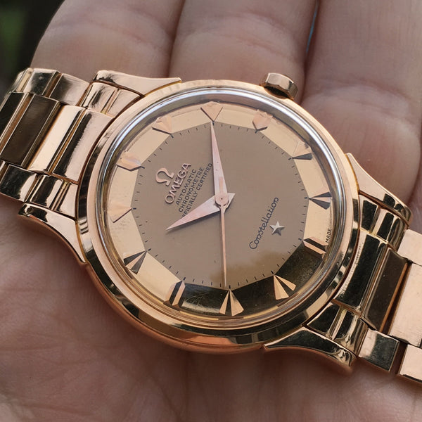 Omega - Constellation 18kt rose gold case with extracts