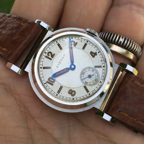 Eterna - Vintage 1940s flexible lugs two tone dial