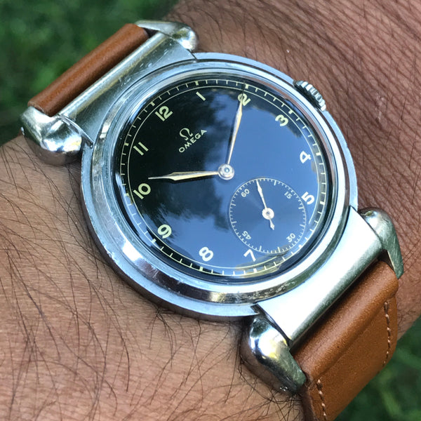 Omega - Scarabeo oversize steell case rare black dial