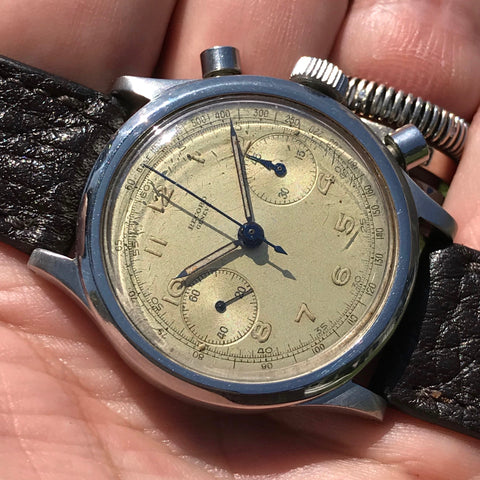 Record - 1940' Chronograph Clamshell case