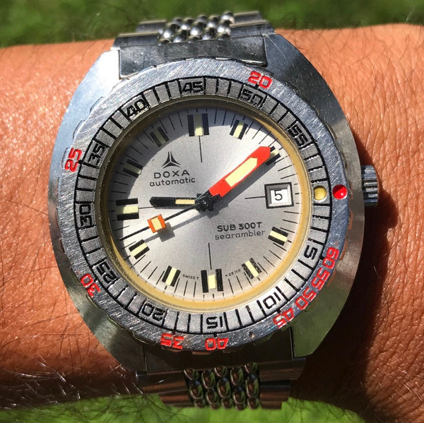 Doxa - Sub 300T Searambler Caliber ETA 2783 from 1960s