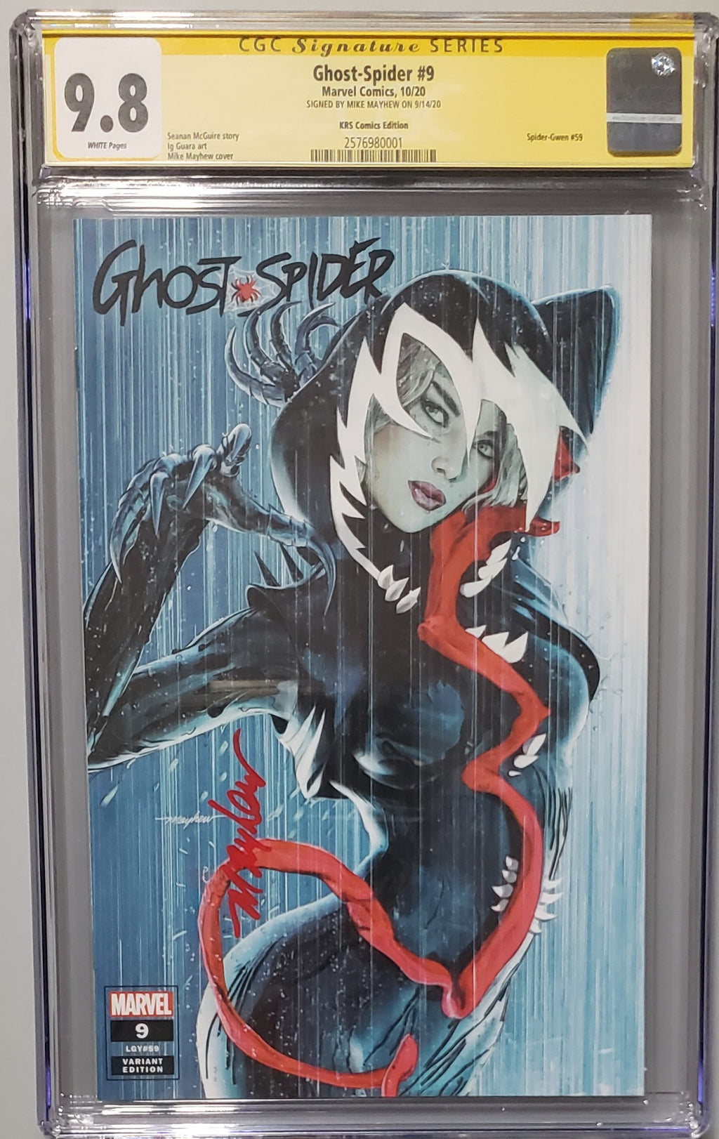 GHOST SPIDER #9 MIKE MAYHEW EXCLUSIVE COVER A CGC SIG SERIES 9.8