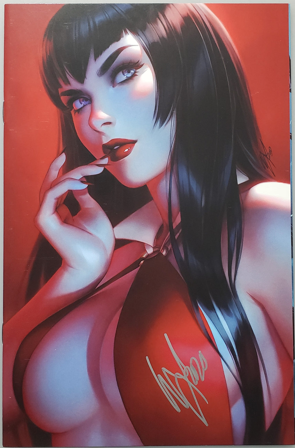 VAMPIRELLA #10 WARREN LOUW VIRGIN VARIANT SIGNED BY WARREN LOUW
