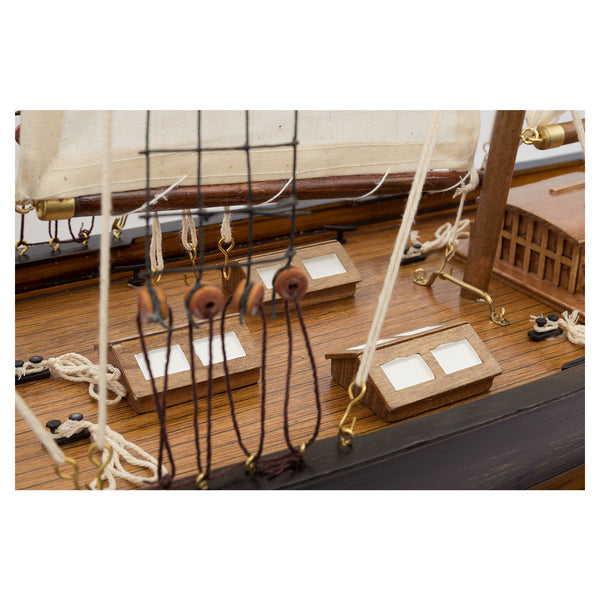 Triple Mast Sailing Ship - Model Boat
