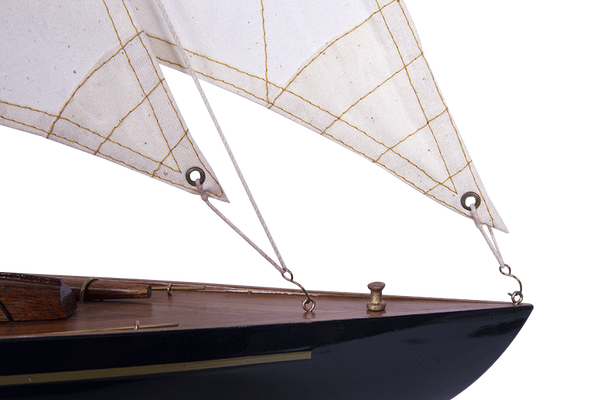 Batela Giftware Sail Boats Endeavour Lux - Model Boat