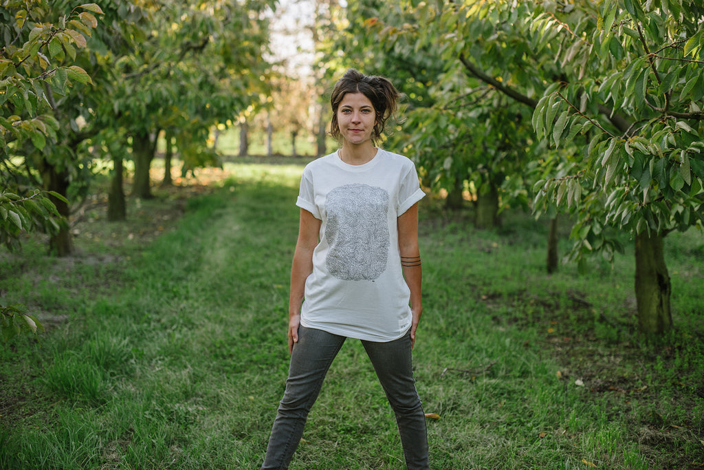 'Kete' by Hannah Batty, The Paper Rain Project Cause Tee, Organic, Fair trade art
