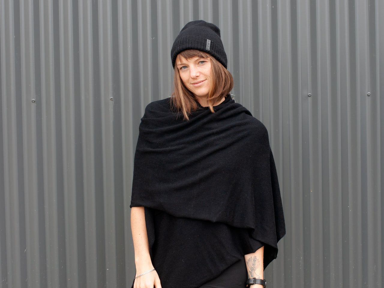 Greta Scarf by Dinadi with Viktor beanie in black