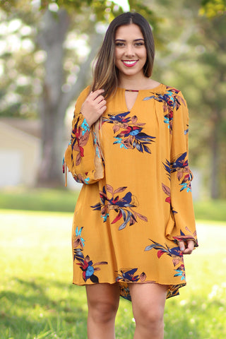 Amazement - Floral Keyhole Dress With Bell Sleeve And Cutouts - Ty Alexander's