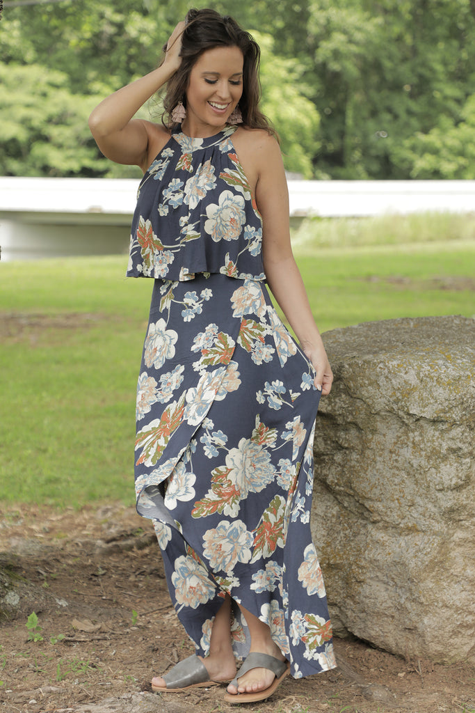 Beside the lines - Navy Floral Maxi - Ty Alexander's