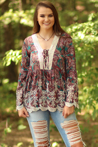 Lacey Hem Detailed Paisley Top - Ty Alexander's