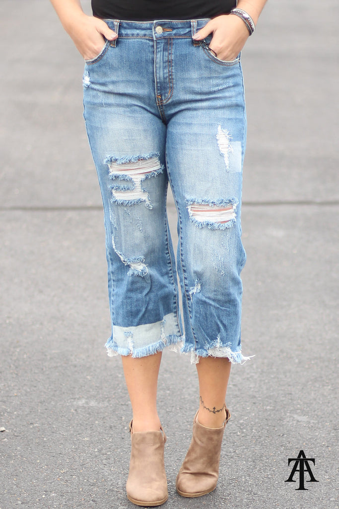 Be Fearless - Distressed Straight Cropped Jeans